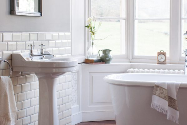 Traditional-Bathroom-Fitters-Manchester