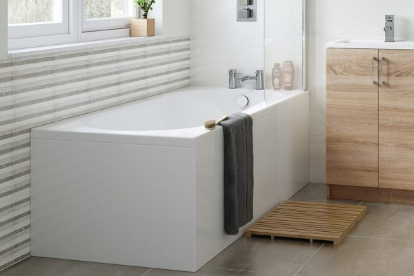 bathroom-suites-with-fitted-baths-in-manchester-1