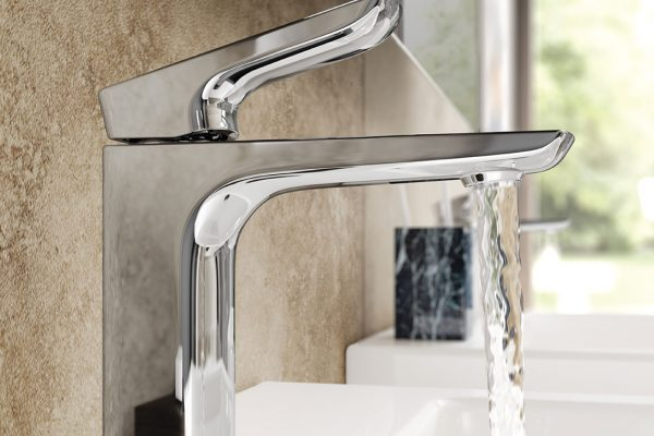 manchester-bathroom-suites-sinks-and-taps-13